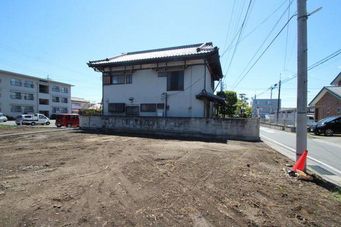 飯塚町 土地