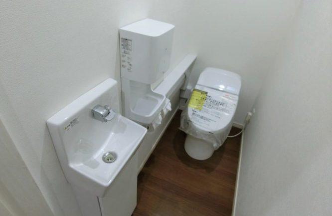 稲荷町トイレ